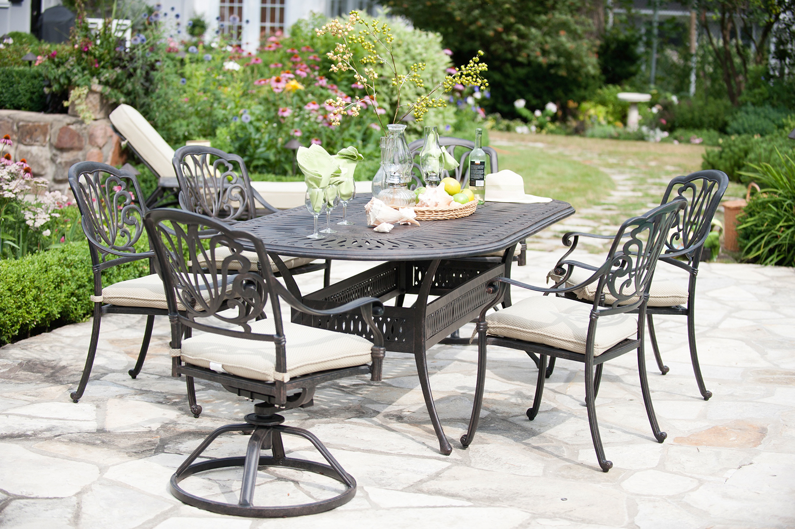 Nothing Is More Inviting Than Luxurious Outdoor Patio Furniture For Your Back Yard