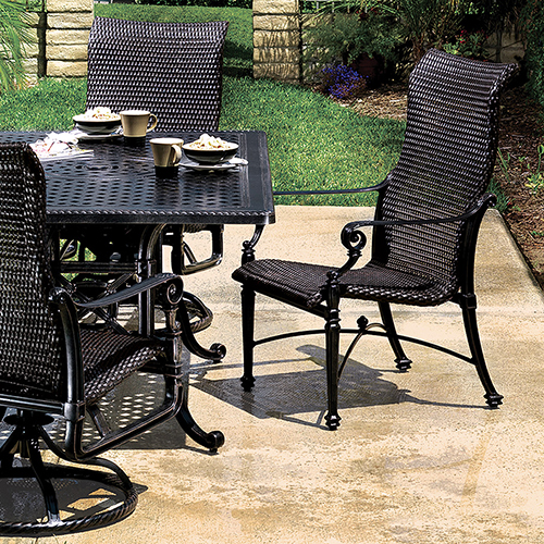 Grand Terrace Outdoor Dining Set